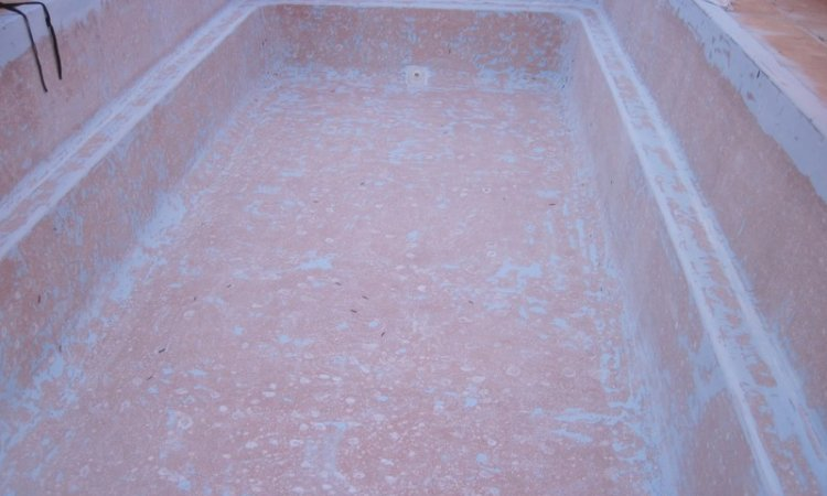 Dégâts d'osmose sur une coque polyester Draguignan